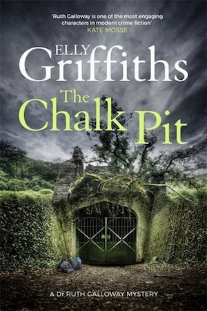 The Chalk Pit, Elly Griffiths