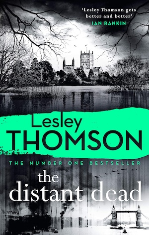 The Distant Dead by Lesley Thomson front cover